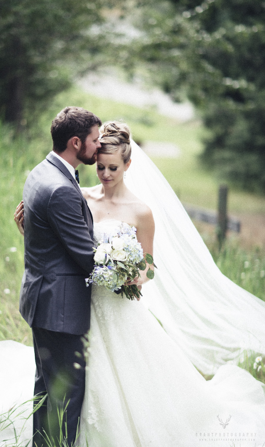 Coldstream Silver Sage Stables Wedding Photographer By Draht Photography Draht Photography